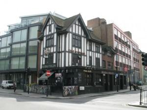 London - The Dev (The Hobgoblin) - Metal Bar